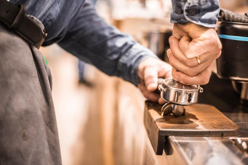 media/image/02schritt-2-espresso-zubereiten.jpg